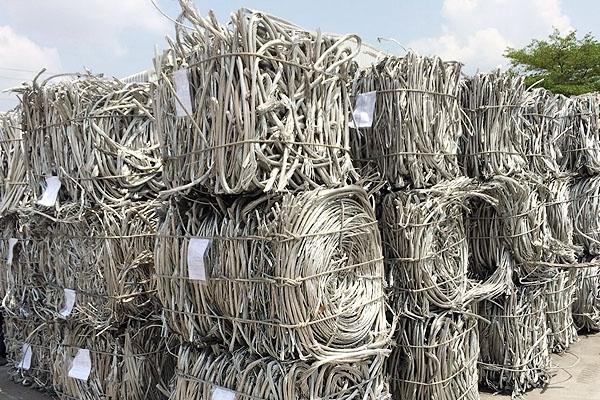 aluminum_wire_scraps_1B6454C22-D4EB-A821-2109-6489AB3A594B.jpg