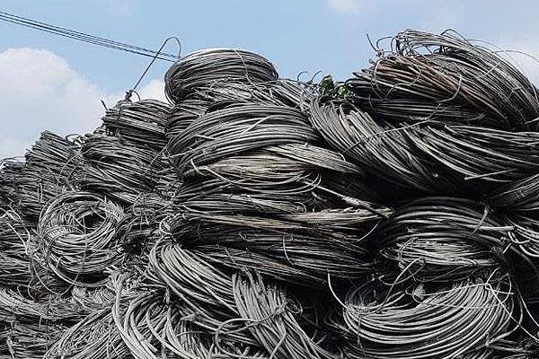 aluminum_wire_scraps_2EEC22CB0-505E-6C18-4DB0-2A67045032C8.jpg